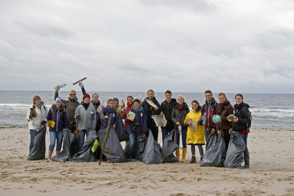 World Ocean's day beach clean